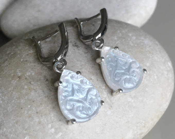 Moonstone Wedding Bridal Earring- White Pear Earring- June Birthstone Earring- Engagement Moonstone Earring- Unique Classic Earring