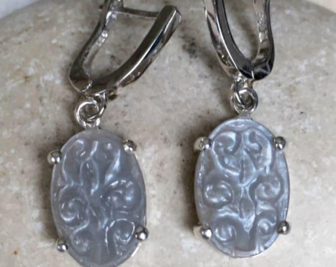 Gray Moonstone Dangle Oval Earring-Gray Bridal Wedding Earring- June Birthstone Earring- Handmade Moonstone Earring- Unique Carving Earring