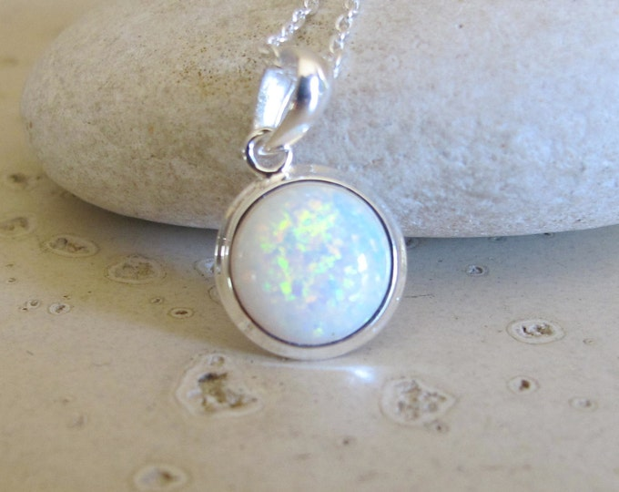 Simple Round Opal Necklace- Boho Iridescent Opal Necklace- White Opal Silver Necklace- October Birthstone Necklace- Jewelry Gifts for Her