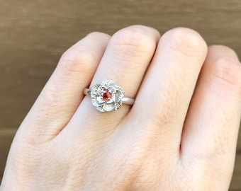 Floral Anniversary Ring- Orange Sapphire Promise Ring- Flower Engagement Ring- Orange Gemstone Stackable Ring- Sterling Silver Ring