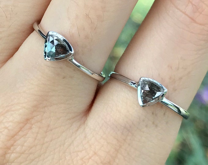 Triangle Tiny Gray Diamond Promise Ring For Her- White Gold Dainty Genuine Black Diamond Ring- Raw Rustic Diamond Minimalist Stackable Rings