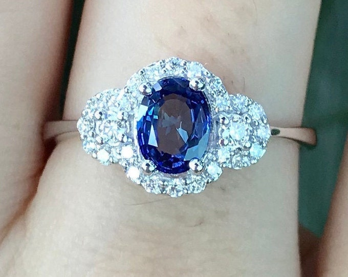 0.70ct Royal Blue Sapphire Deco Engagement Ring- Vintage Oval Sapphire Promise Ring for Her- Dark Blue Sapphire Diamond White Gold Ring