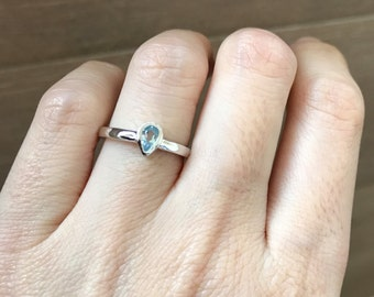 Tiny Stackable Blue Topaz Ring- Pear Shape Midi Ring- Blue Gemstone Sterling Silver Ring- Thumb Knuckle Boho Ring- December Birthstone Ring