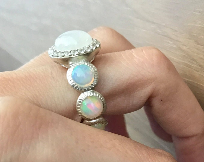 Moonstone Opal Statement Ring- Bohemian Engagement Ring- Welo Opal Anniversary Ring- Solitaire Bubble Ring-Large Statement Ring-Jewelry Gift