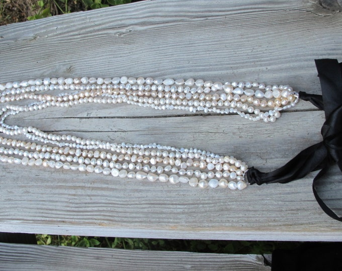 Pearl Necklace- Bib Pearl Necklace- Statement Necklace- Chunky Necklace- Pearl Statement Necklace- Freshwater Pearl Necklace- Bib Necklace