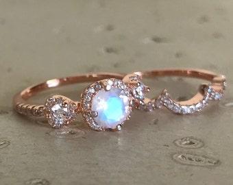 Moonstone Bridal Ring Set- Rainbow Moonstone Engagement Ring- Three Stone Moonstone Anniversary Ring- Rose Gold Moonstone Ring- June Ring