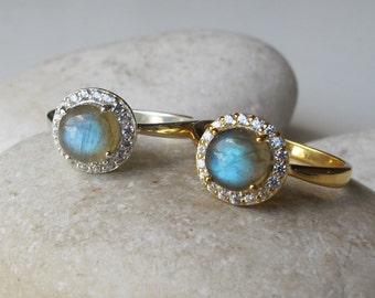 Labradorite Small Promise Ring- Labradorite Rose Gold Halo Ring- Alternative Engagement Ring- Iridescent Anniversary Ring- Dainty Ring