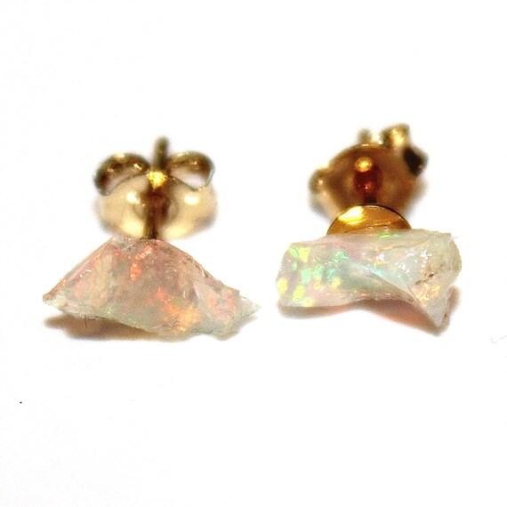 Kleine Roh Opal Ohrstecker Ohrringe Geschenke Fur Ihre Etsy