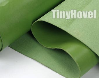 Italy Vegetable Tanned Leather, Grass Green of Leather Off Cuts, Italian Genuine Cowhide Leathercraft [Thickness: 1.8 mm] L008