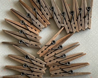 Farmhouse laundry day wooden metal clip clothespins~set of 20~weathered and worn~display~crafting~1960s~mixed media~craft supplies~shadowbox