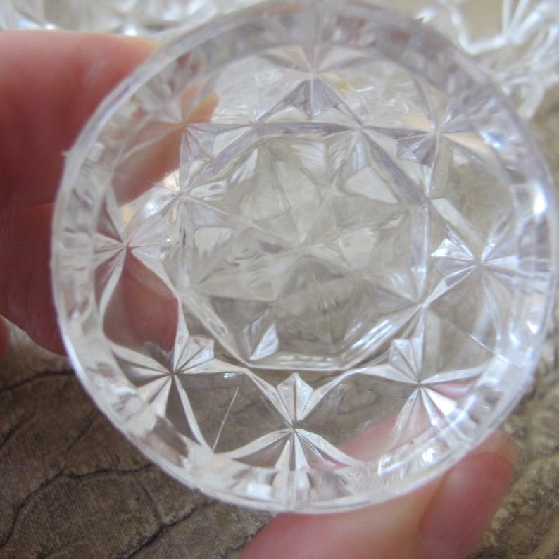Provided Vintage Bohemian Glass Salt Cellars Set Of 6 With 6 Spoons Unused Elegant In Style Art Glass