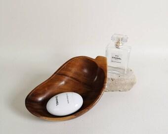 Genuine monkey pod bowl   Handcrafted monkey pod wooden bowl   Leaf shaped wooden bowl