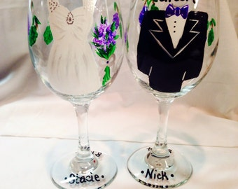 Wedding Glasses, Bridal Party, Handpainted Wine Glasses, Personalized Bridesmaides Glass, Bride and Groom Glass