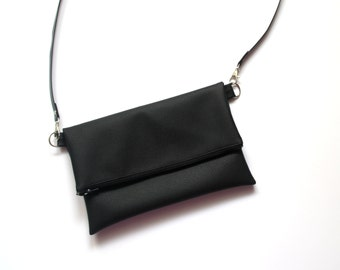 ecfcd43f6933 Black vegan bag