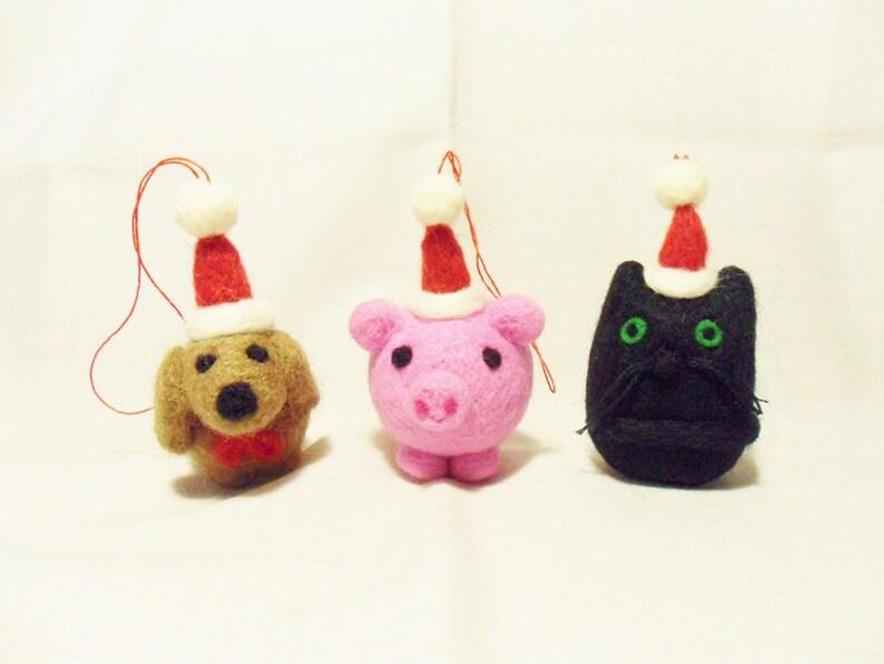 Needle Felted Christmas Decorations Set Of 3 Dog Pig And Cat Felt Christmas Ornaments Felt Christmas Animals Christmas Decor
