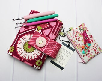 Crochet Hook Storage - Floral Crochet Case - Floral Crochet Roll - Hook Organizer - Crochet Hook Holder - Crochet Hooks - Joel Dewberry