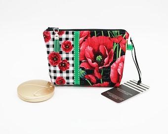 Mini Makeup Holder, Gingham Floral Fabric, Makeup Bag, Black Red Green, Notions Pouch, Petite Zipper Purse Cosmetic Bag, Makeup Organizer