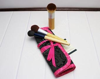 Makeup Brush Roll - Cosmetic Brush Roll - Paisley Fabric - Brush Organizer - Makeup Brush Case - Travel Brush Holder - Travel Accessory