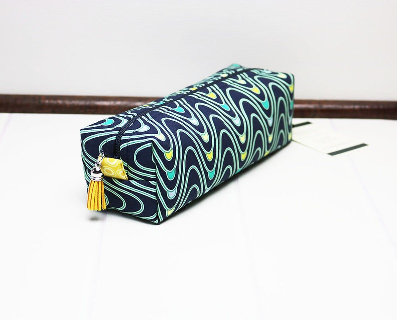 Box Zipper Bag perfect for Makeup or Cosmetics Charger Cables image 0