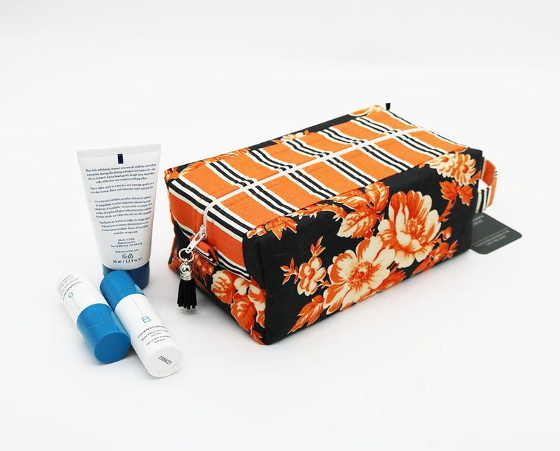 Travel Toilet Bag Travel Cosmetic Bag Floral Vanity Bag image 0