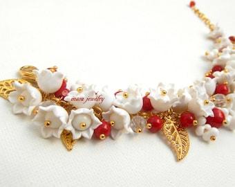 Charm Bracelet, Statement Bracelet, Floral Bracelet, White Jewelry, Flower Bracelet, Coral Jewelry, Handmade Bracelet, Women Gift, Coral