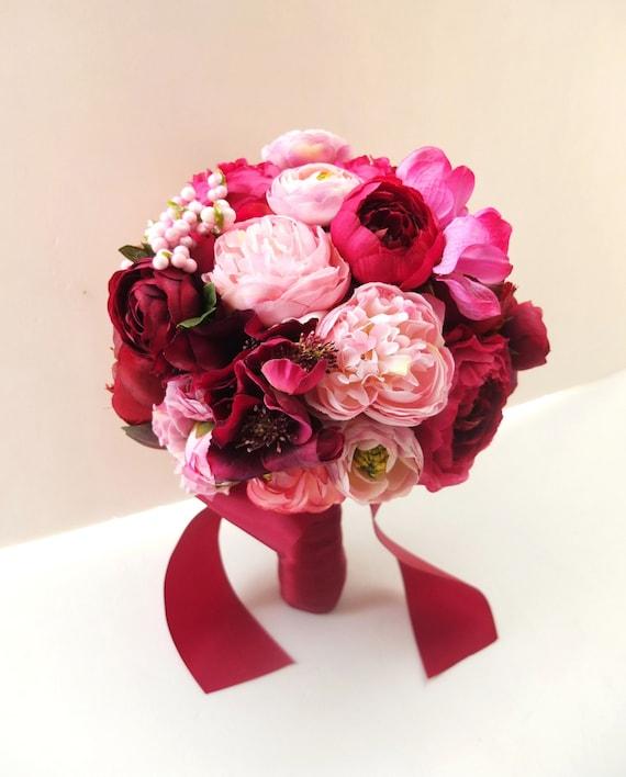 Ranunculus wedding Red Bridal Flower Hair Clip Red ranunculus hair clip Red Rose Ranunculus Bridesmaid gift Red Wedding Flower Hair Clip