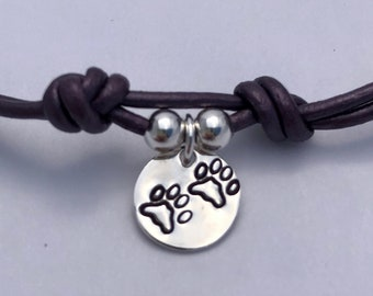 Sterling Silver and Leather Paw Print Charm Pendant Bracelet, Silver Paw Prints Charm, Dog Prints, Cat Prints, Animal Lovers Bracelet