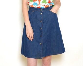 48020d11 Vintage 70's LEVIS Buttoned Denim Skirt Sz 28W