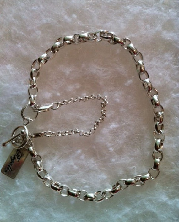 Savannah Charm With Lobster Claw Clasp Charms for Bracelets and Necklaces