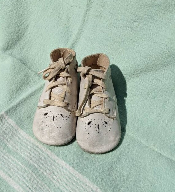 Trimfoot Baby Deer Crib Shoes for baby,small, vint