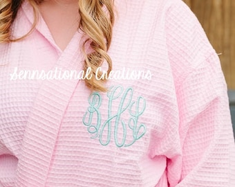 SET OF 8:  Monogrammed Bridal Party Robes, Monogrammed Robe, Monogrammed Bachelorette Party, Gifts for Her, Bride Gift, Bridal Party Gifts