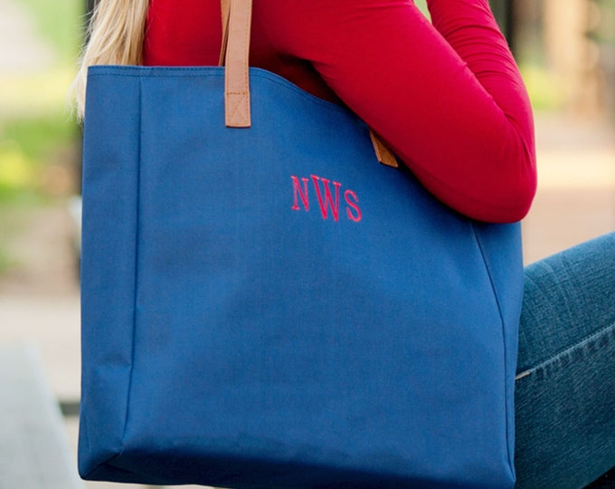 Navy Tote, Gameday Tote, Monogrammed Tote Bag, Teacher Bag, Work Tote Bag, Travel Bag, Monogrammed Purse, Navy Purse