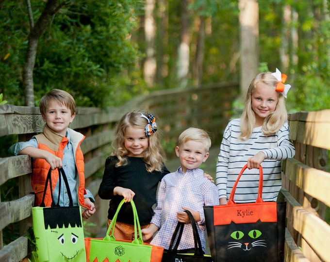 Halloween Tote, Monogrammed Halloween Basket, Monogrammed Halloween Bag, Pumpkin Bag, Trick or Treat Bag, Frankenstein, Cat Bag, Halloween