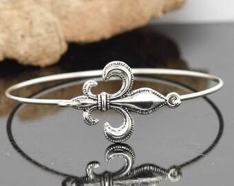 Fleur De Lis Bracelet, Fleur De Lis Bangle, Sterling Silver Bangle, Stackable Bangle, Charm, Bridesmaid Bangle, Bridesmaid jewelry, Bridal