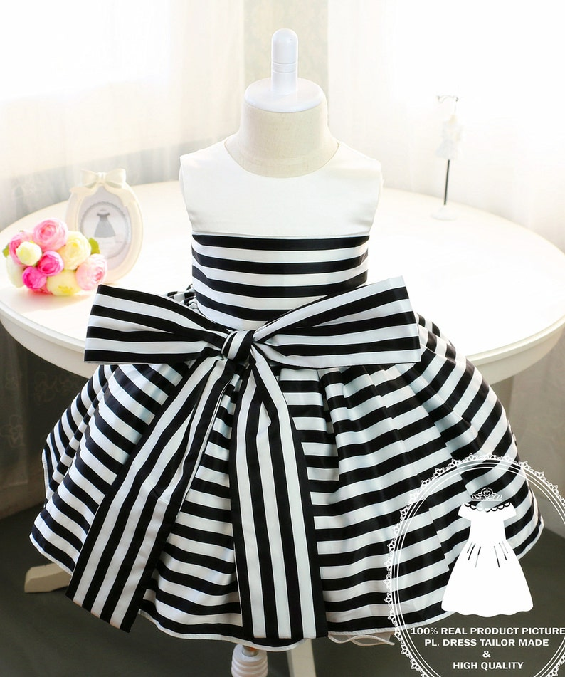 de2f53e1d27c Newborn Girl Dress with Black and White Stripes Baby Tutu 1st