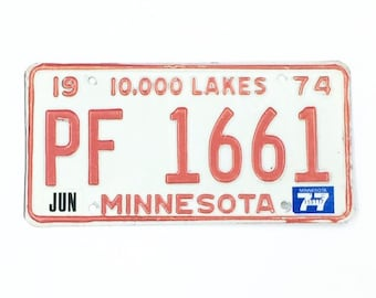 MN License Plate, Distressed Plate,Red and White Plate,Vintage Minnesota Decor,Man Cave Decor,Rustic Home Decor,Car Guy Gift,Home Bar Decor