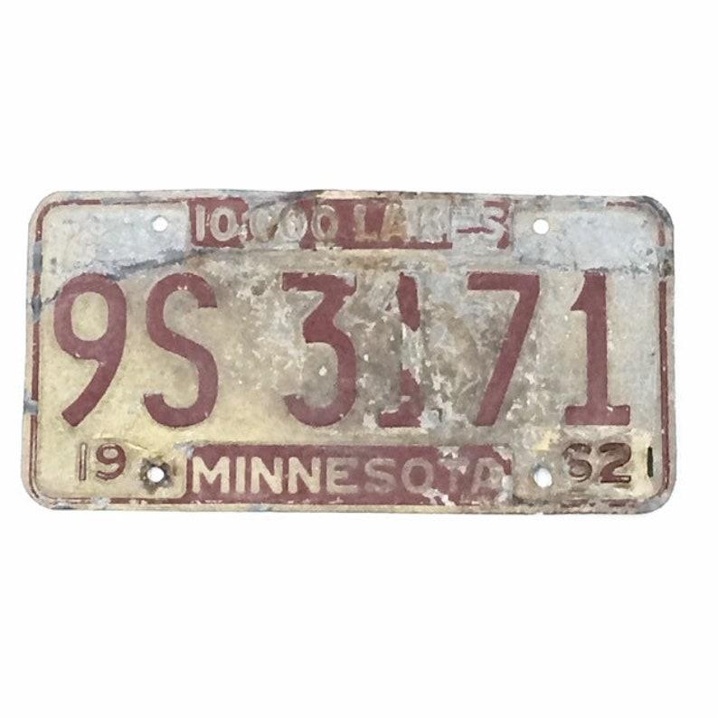 Vintage License PlateDistressed Minnesota PlateWhite and image 0