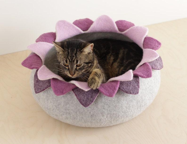 Cat bed/cat house/cat cave/purple lotus felted cat bed image 0