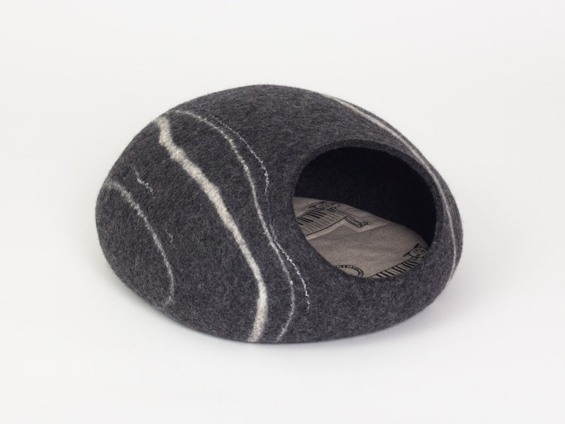 Charcoal river stone felt cat bed cave safe kitty house image 0