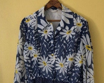 1960s Super fun blue daisy maxi shirt dress Sz s/m