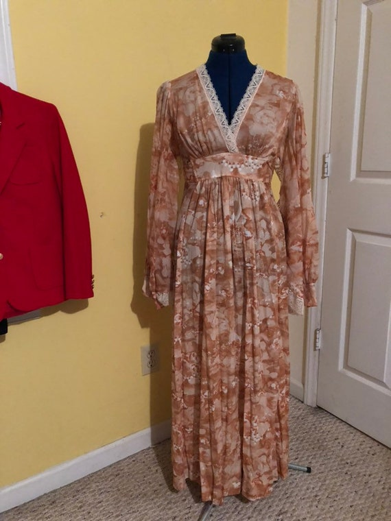 1970s amazing batwing lace maxi dress szsmall- med