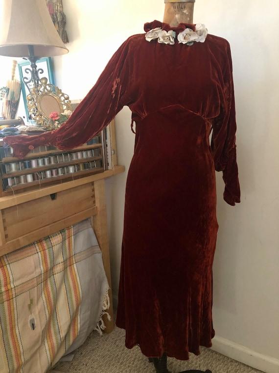 1930s deep brick velvet cold shoulder maxi dress … - image 2