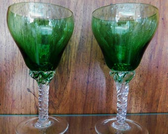 a05c7693c4e 5 Emerald Green Wine Glasses by Sasaki with Flared Shape and Twisted Stems