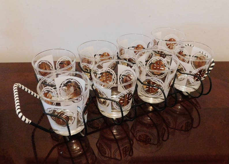 31dd04b688f Cocktail Glasses in Wire Carrier Set of 8 Sand Dollar 6 Oz.