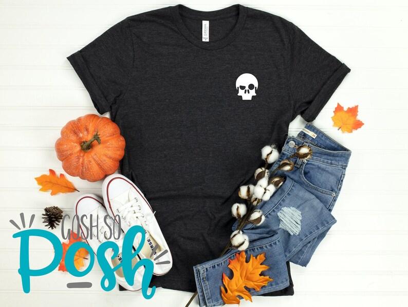 Skull Emoji Face  Pocket Logo Shirt  Halloween October Heather Dark Gray