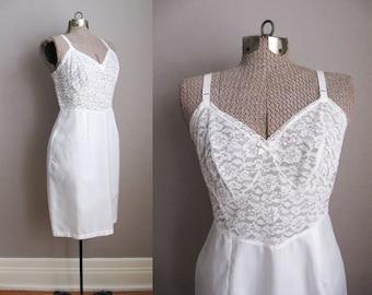 1960s White Slip Vintage Lingerie Lace Nylon Size 38 / Medium