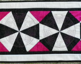 Black, white, fuchsia table-runner with asian accent