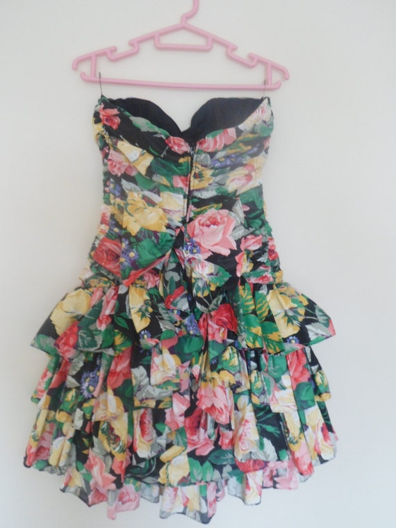 1980s Ruffle floral party dress - image 2