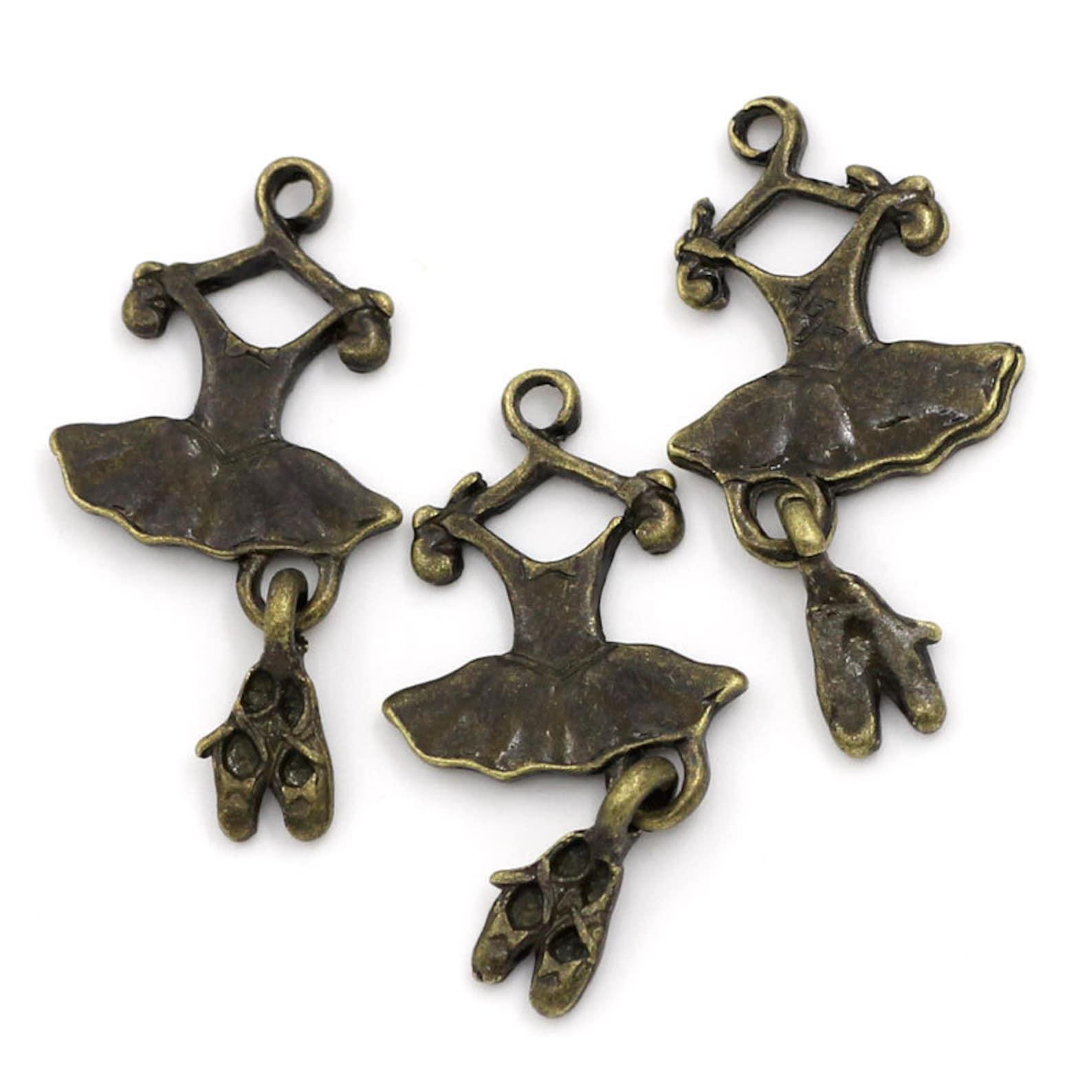 5 pieces antique bronze ballet dress & shoes charms