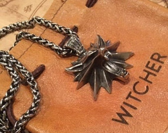 New premium  SS Witcher inspired Wolf Necklace